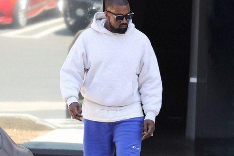 """fall season hoodies shorts heres wear Balenciaga Nike Air Jordan 1 """"First Class Flight"""" Noah"""