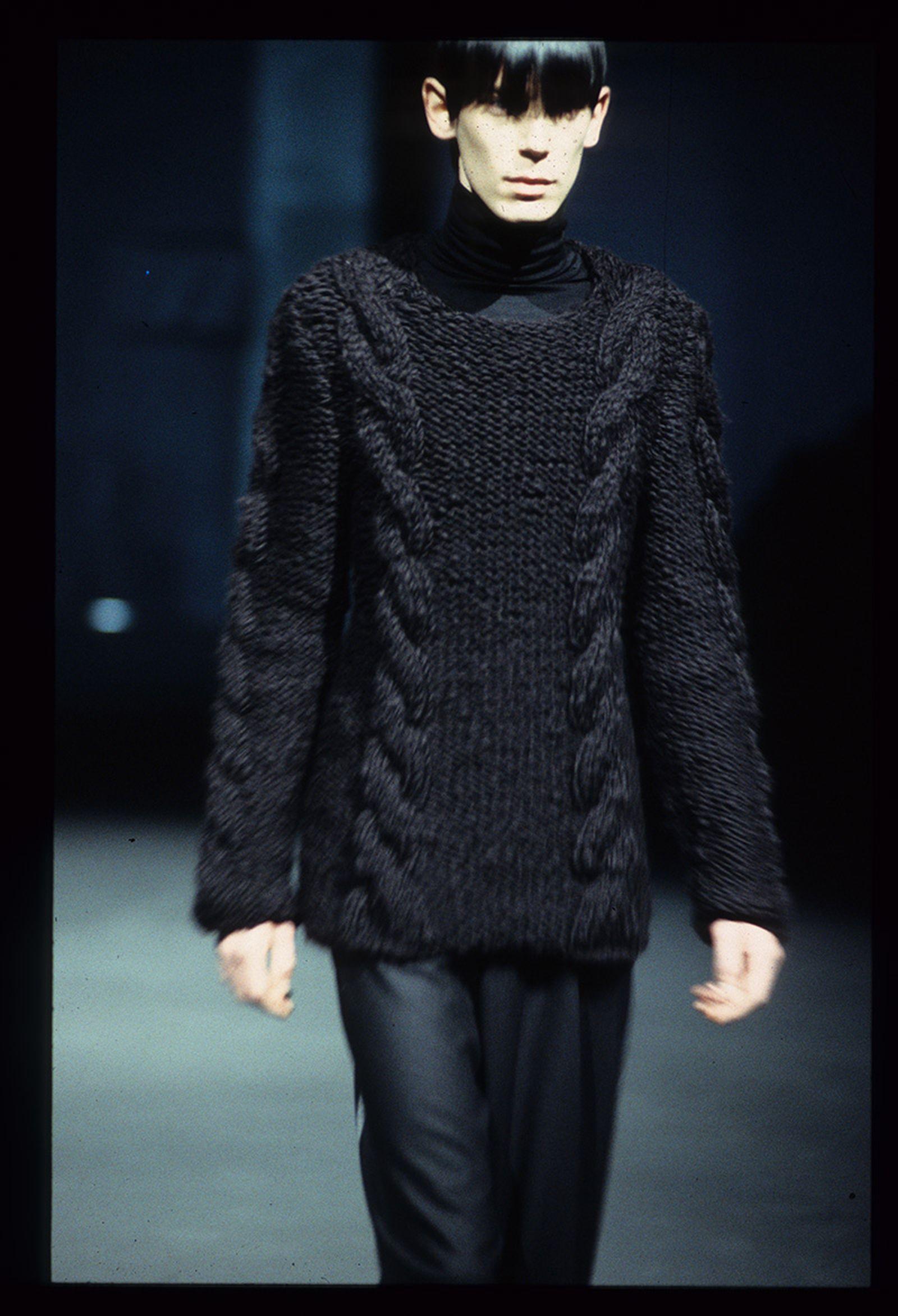 the-12-fashion-shows-that-changed-mens-fashion-raf-simons-aw98-08
