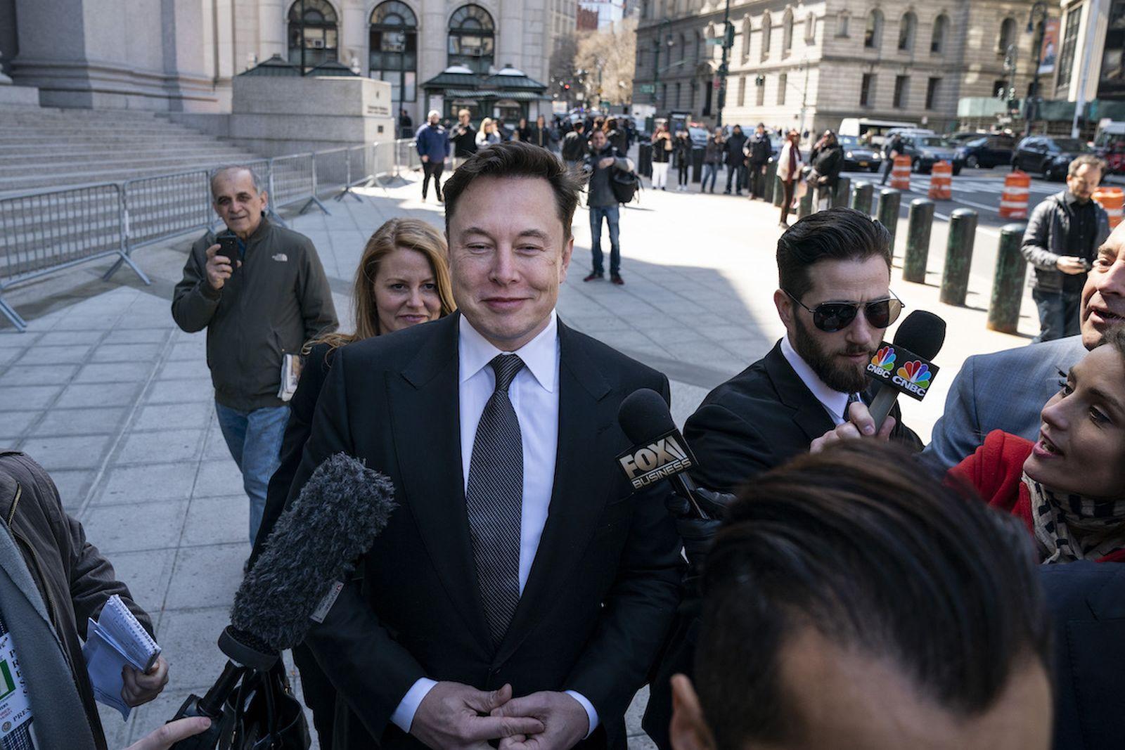 Elon Musk porsche