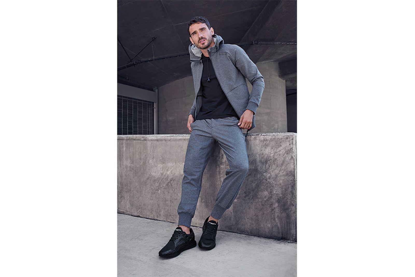 porsche-design-sport-adidas-ultra-boost-black-02