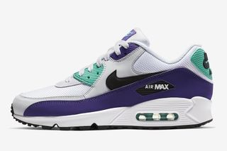 competitive price ed482 3444c Nike s Air Max 90 Gets an Iconic Air Jordan 5 Colorway