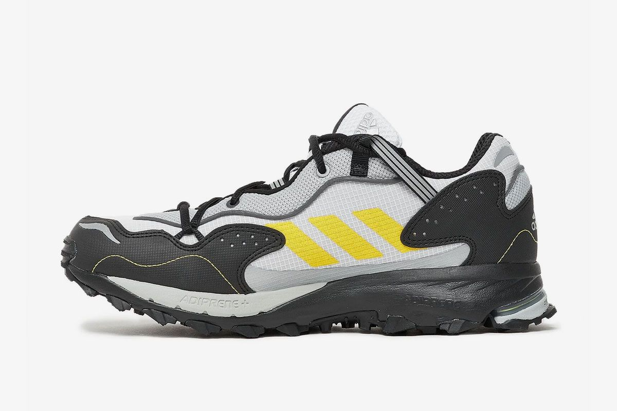 The adidas Response Hoverturf Is Dressed in Archival Trail Colorways 4