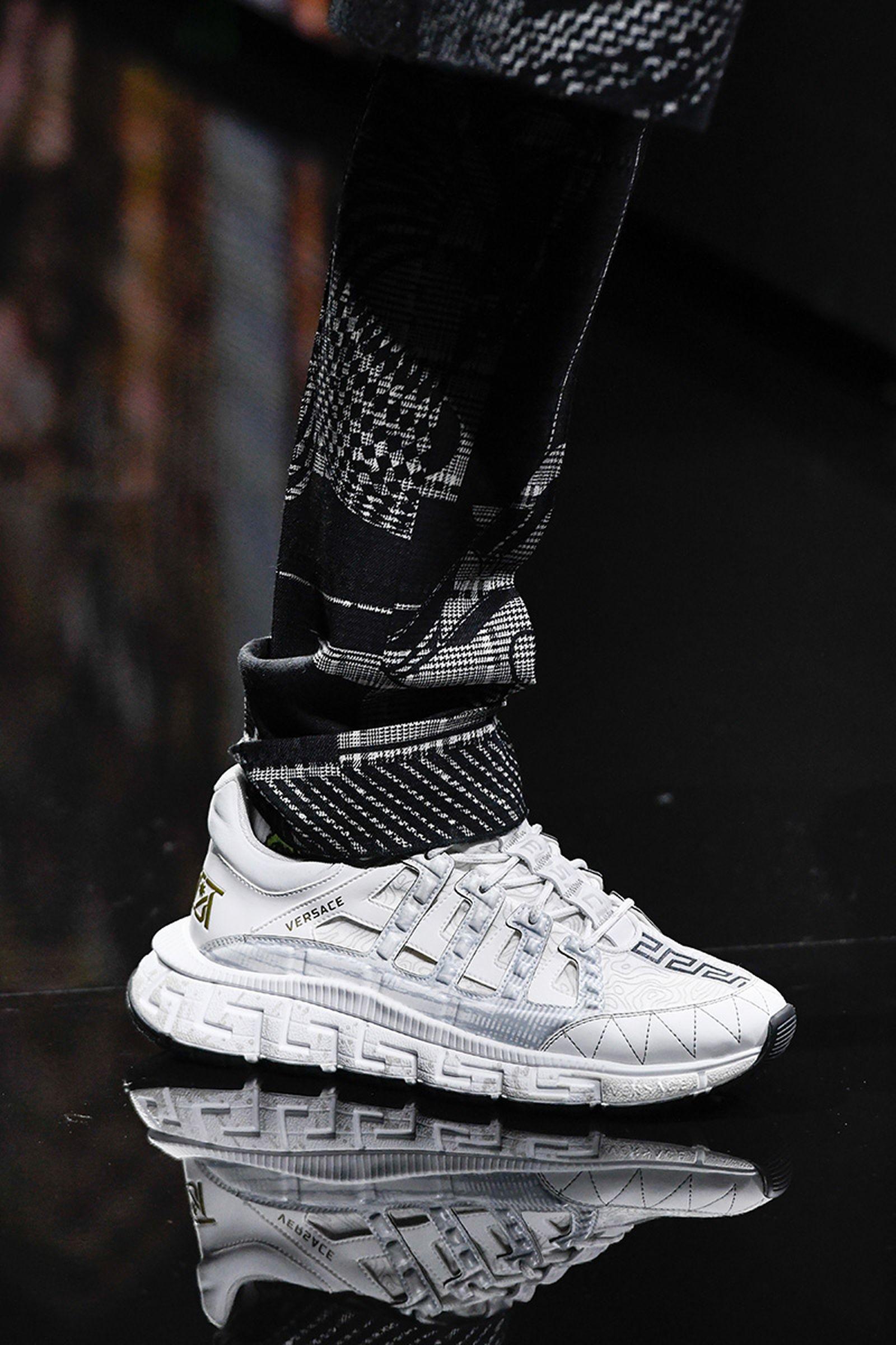 versace-trigreca-sneaker-release-date-price-fw20-03