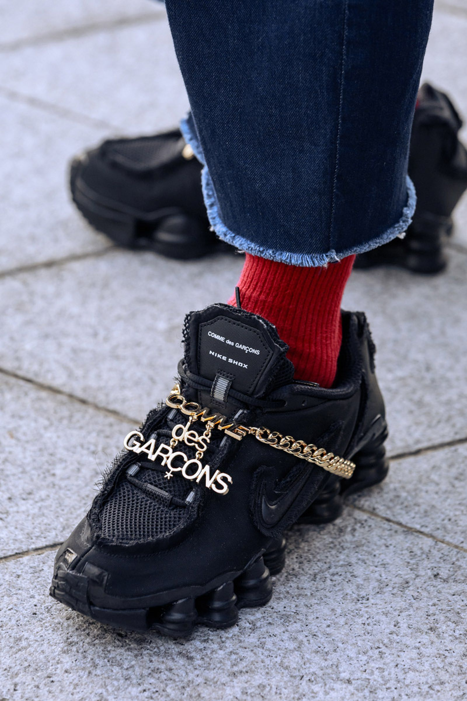 seoul-fashion-week-sneaker-street-style-ss20-13