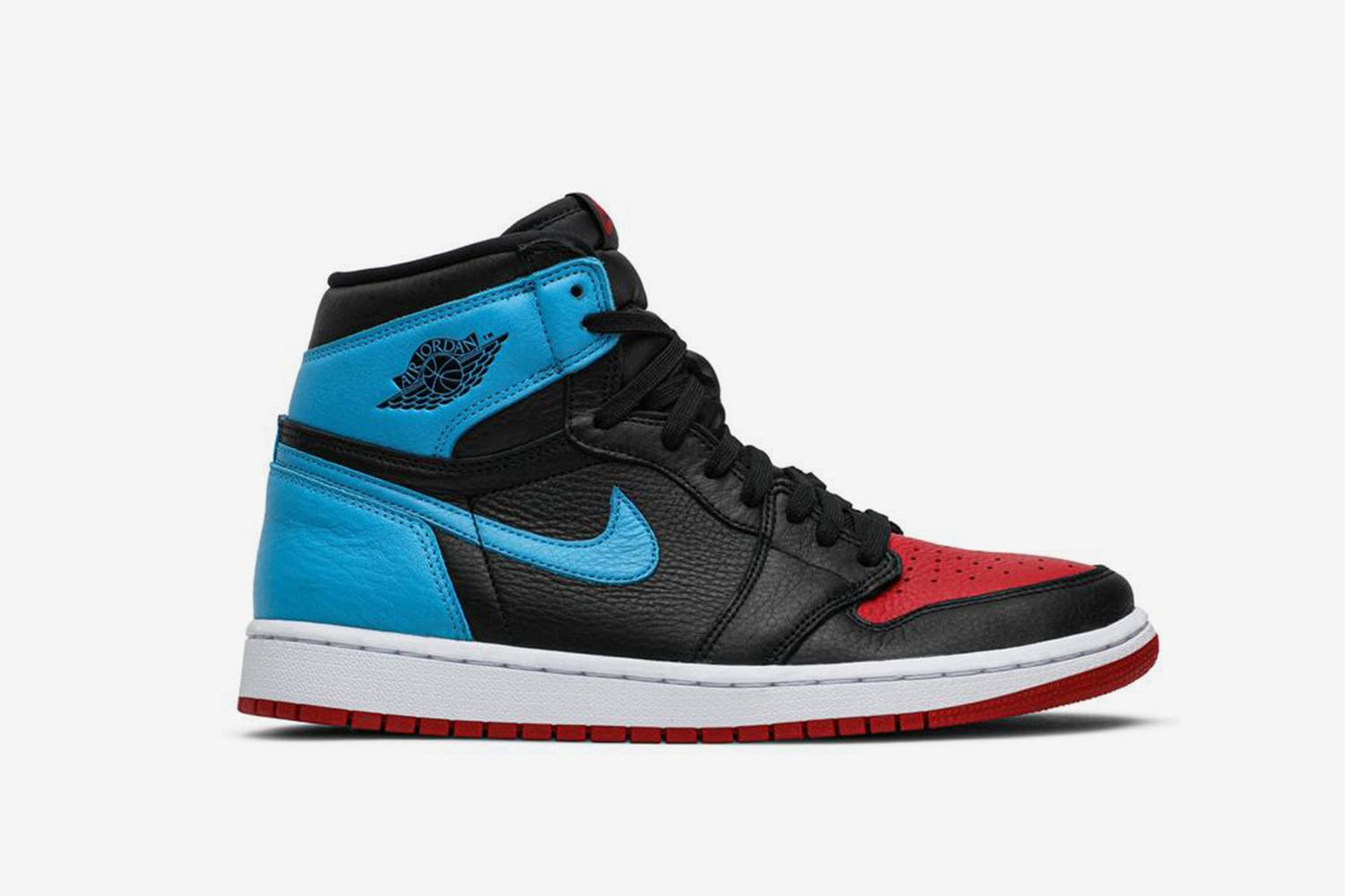 W Air Jordan 1 High OG 'UNC To Chicago'