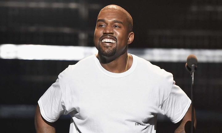 Kanye West performs at the 2016 MTV Music Video Awards