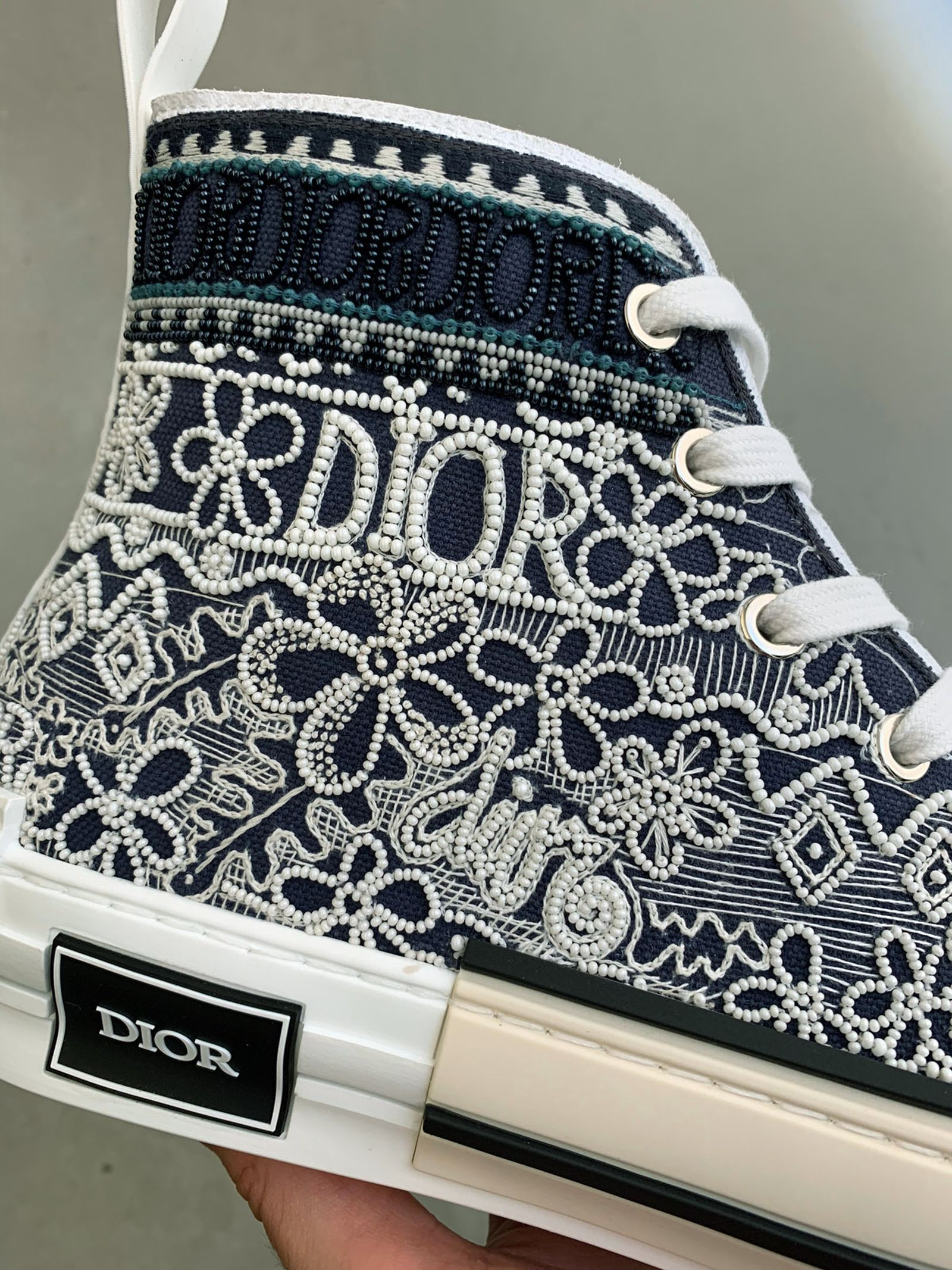 next-gen-sneakers-thibo-denis-dior-01