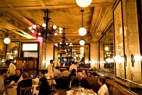 new york mid range restaurants lead AMEX american express platinum food & drink
