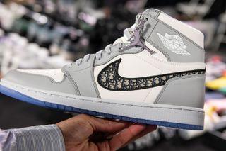 Dior X Nike Air Jordan 1 Official Release Information Images