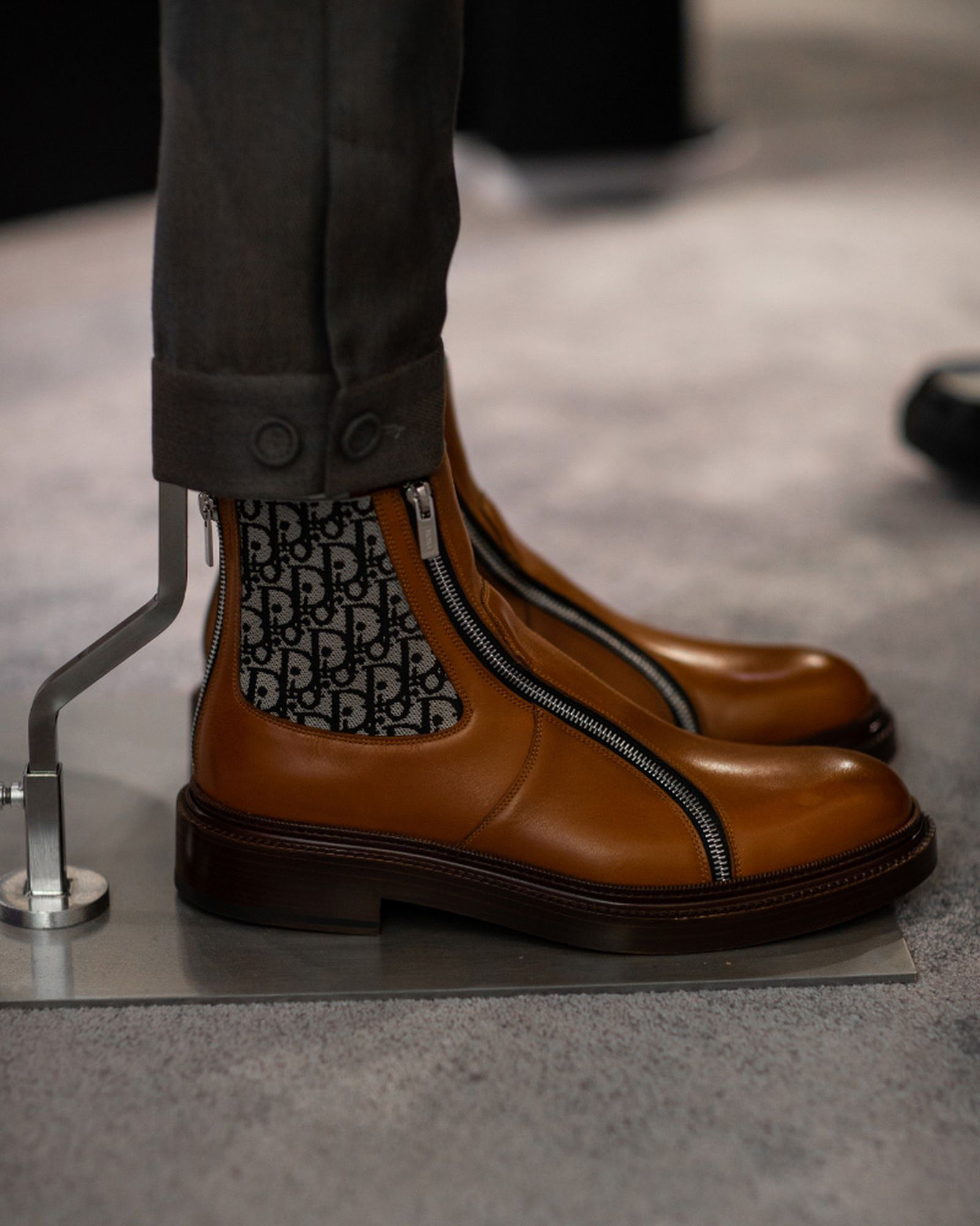 best-sneakers-fashion-week-fw20-dior-01