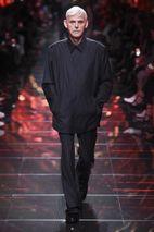 c10da9769 Demna Gvasalia Abandons Streetwear at Balenciaga SS19 Show