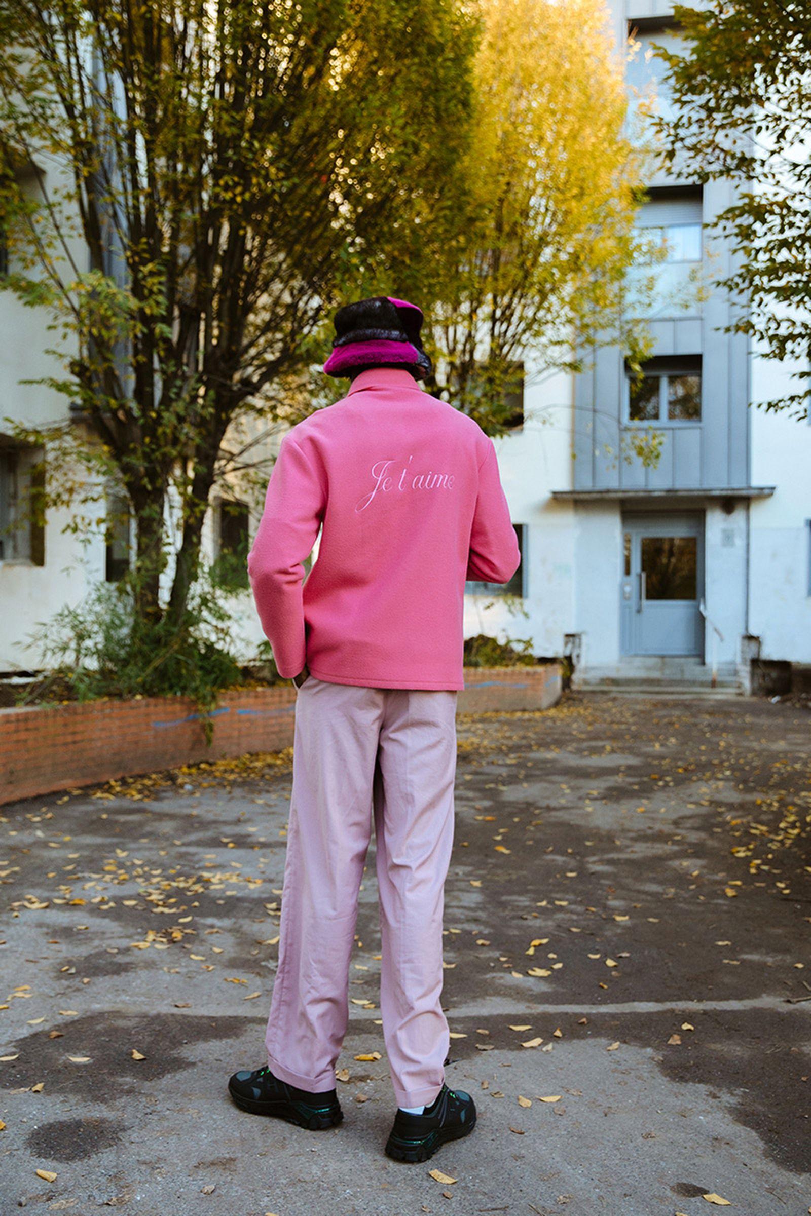 gogo-lupin-hogan-sneaker-pink-paris-05