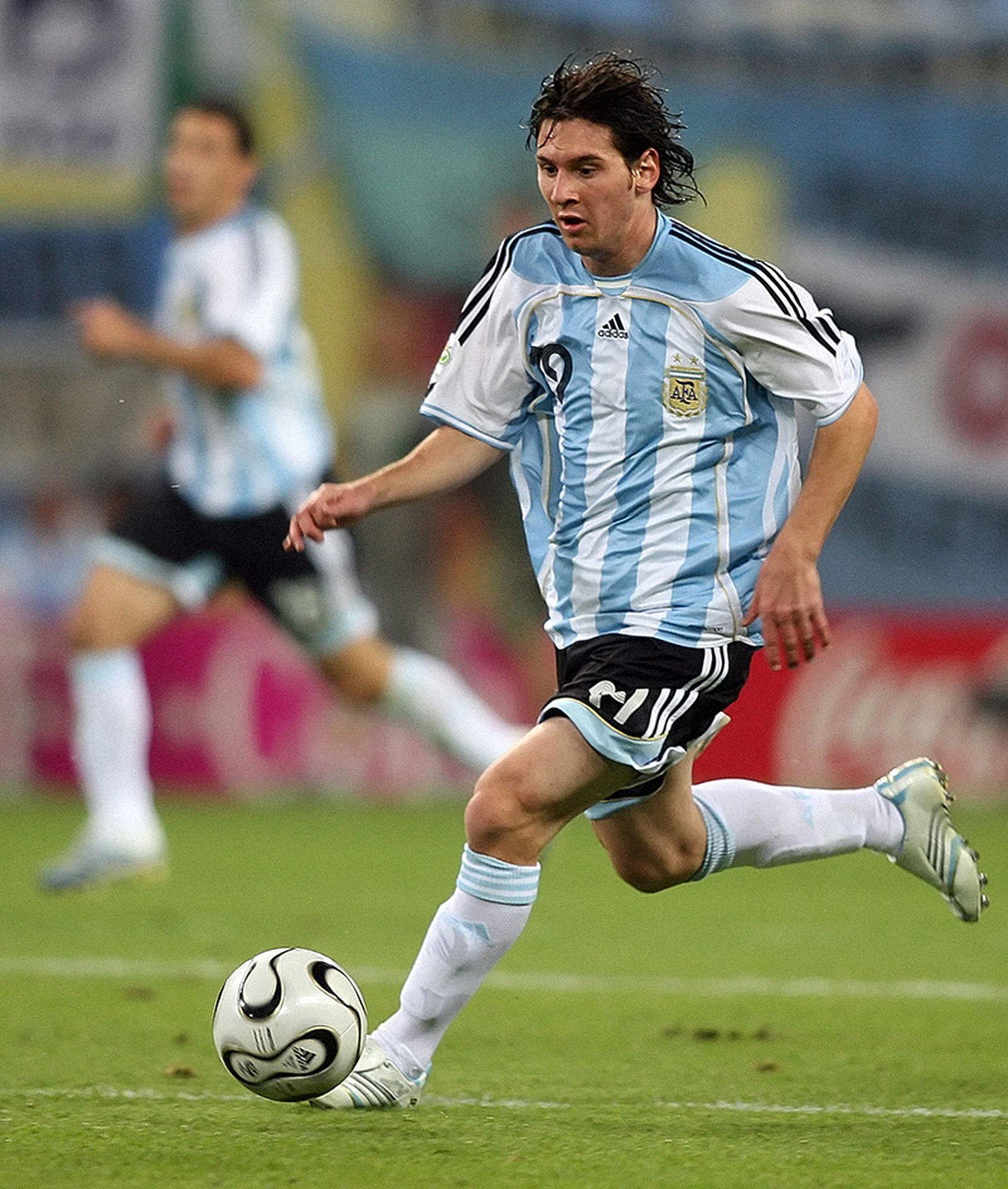 best-football-boots-adidas-f50-tunit-02