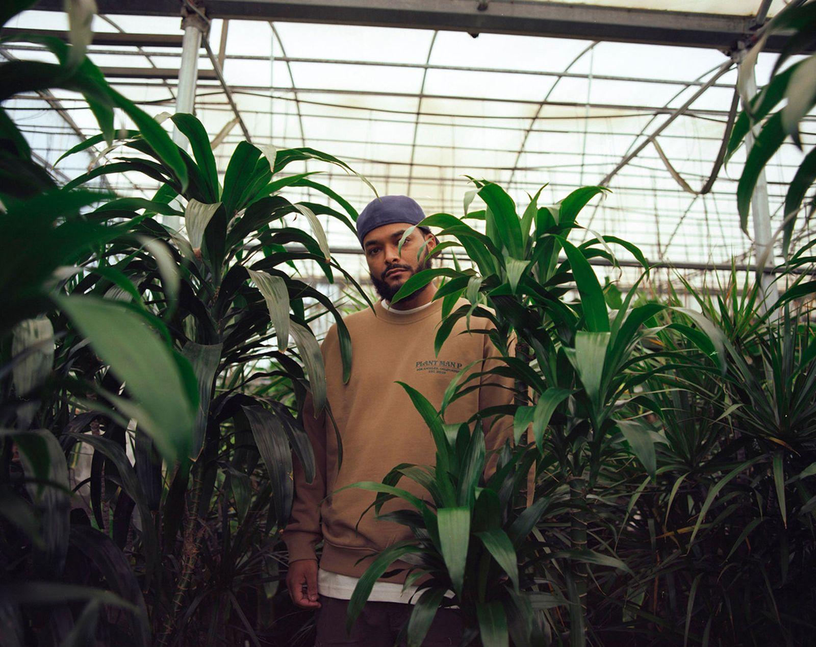 plant-man-p-hm-blank-staples-new-07