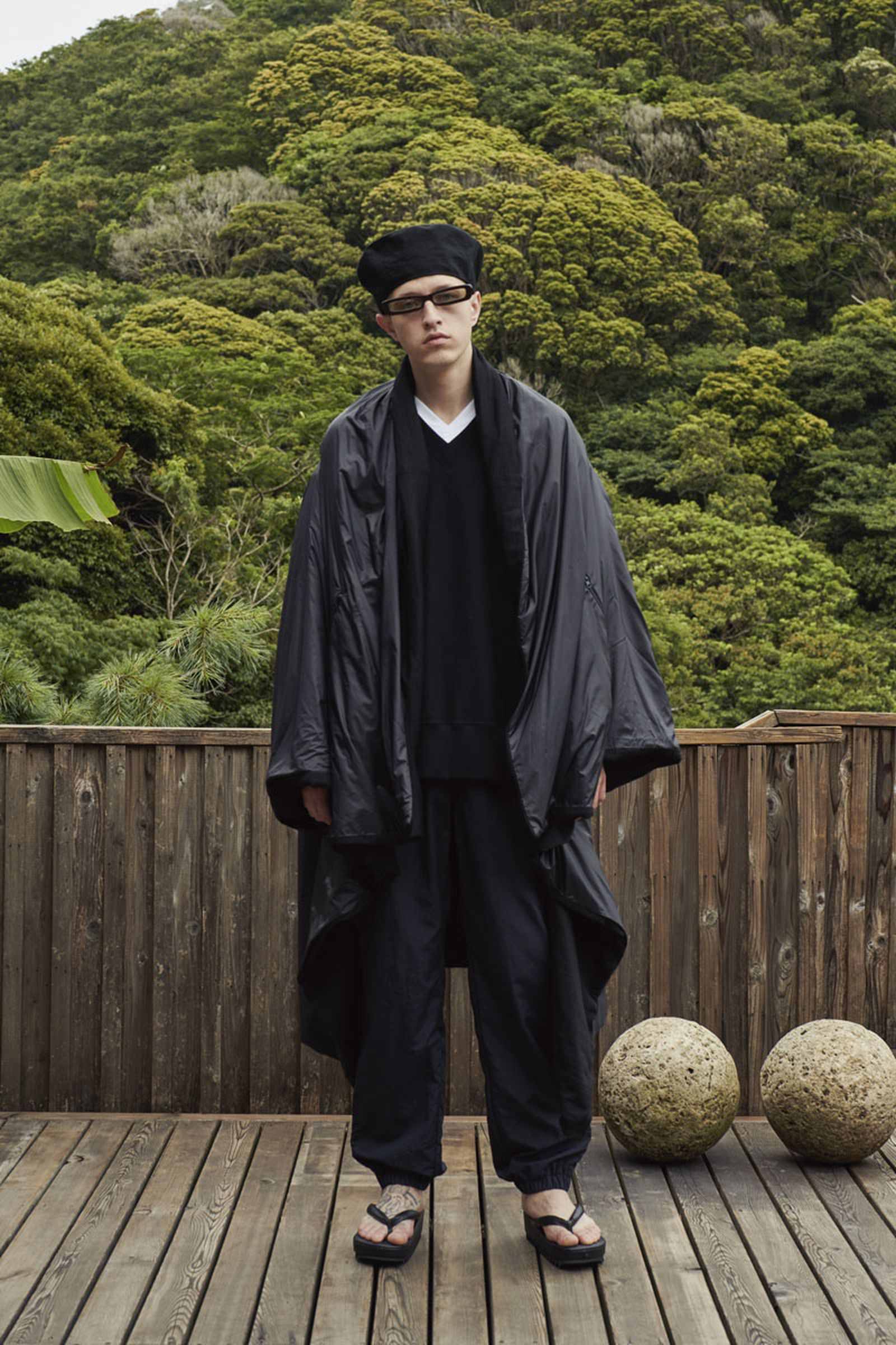 undercover-ss22-menswear-collection-01