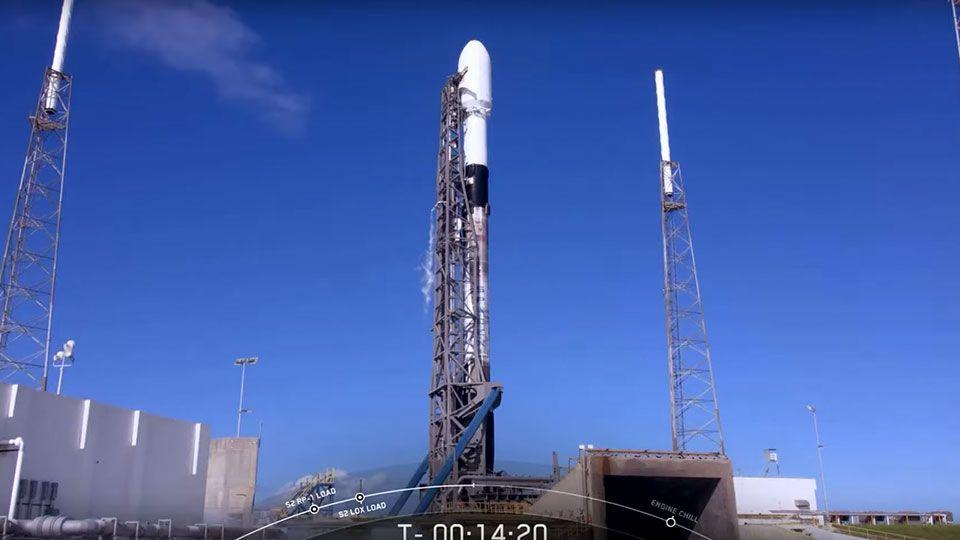 """Scientists Warn SpaceX Starlink Satellites Threaten """"Astronomy Itself"""""""