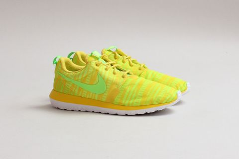 competitive price 4ec56 caac0 If some, including us, might have thought that the massive popularity of  the Nike Roshe Run has come to an end, then they are certainly wrong.