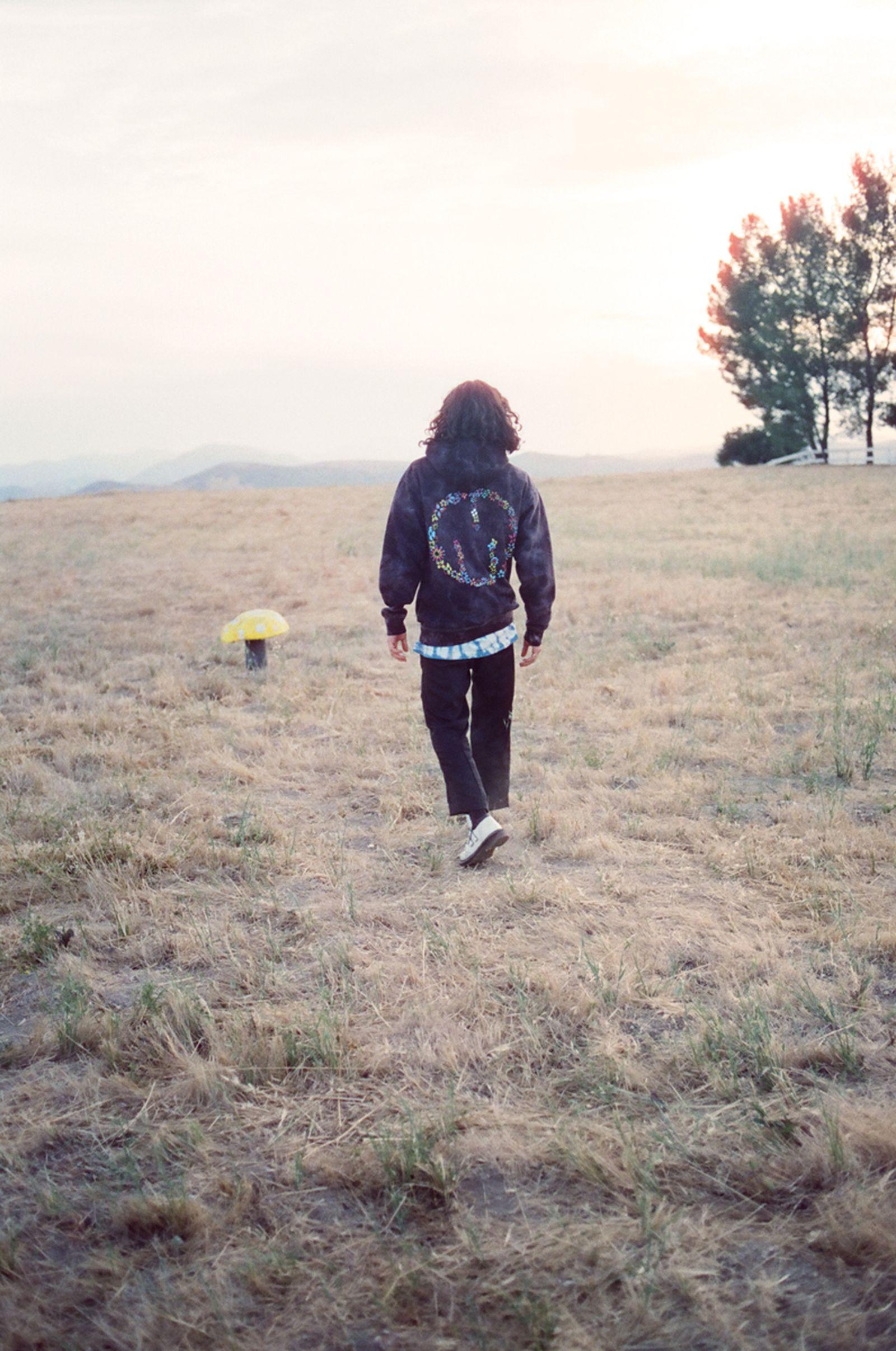 jaden-smith-msftsrep-trippy-summer-lookbook-09