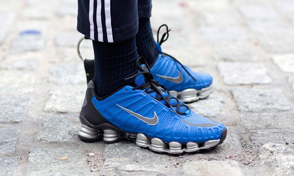 Correttamente stasera Piedi morbidi  Why it Makes Sense That Nike Is Bringing Back Shox Sneakers