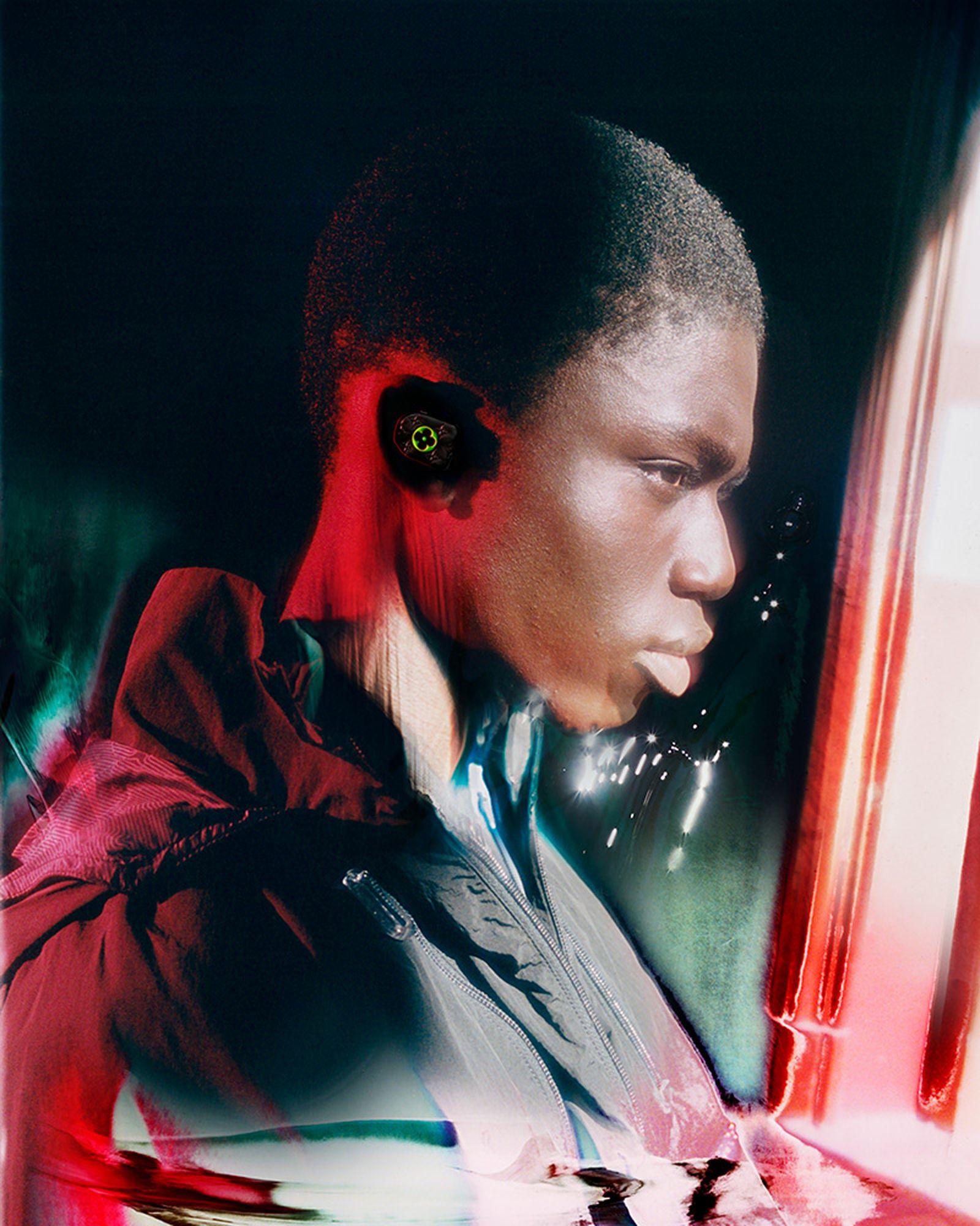 louis-vuitton-glimpses-future-2054-collection-28