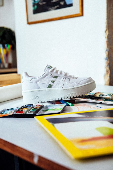 Ladies, ASICS' 'HER HERITAGE' Sneaker Pack Will Be Your Fall Go-Tos 26