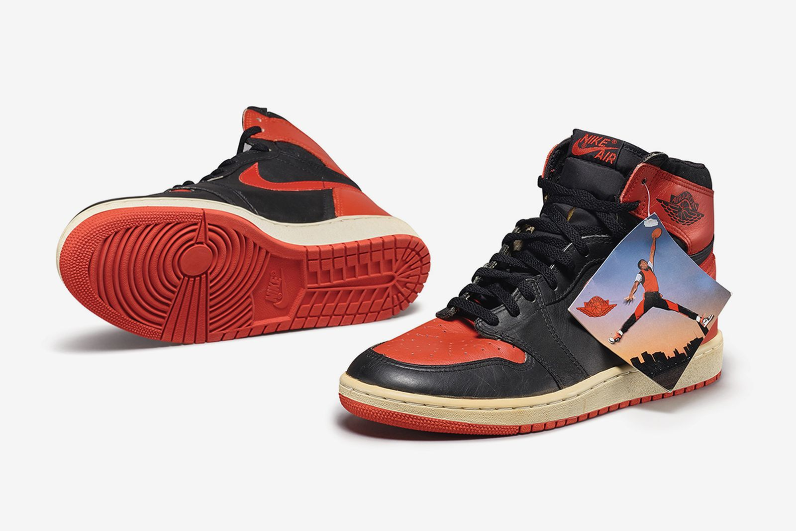 sothebys-nike-sneaker-auction-04