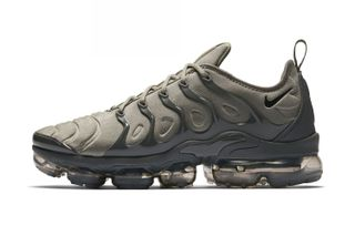 half off 560d4 e77aa Nike Gets Regimented With Two Military-Inspired Air VaporMax Plus Colorways