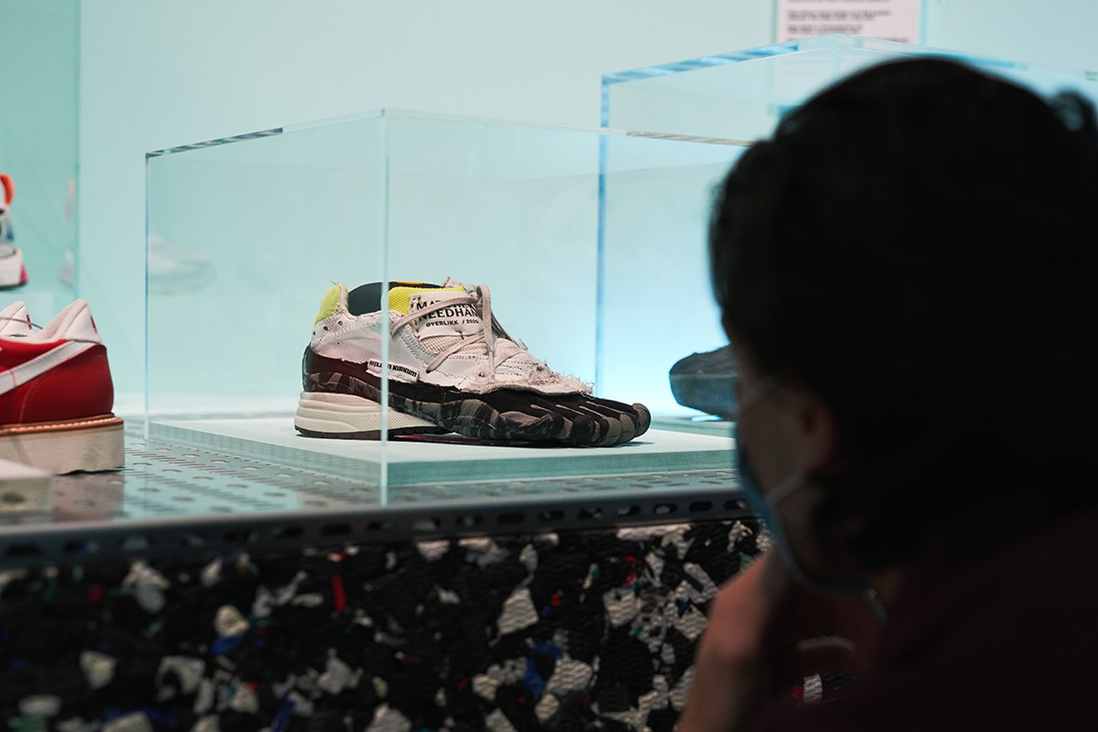 sneakers-through-the-years-09