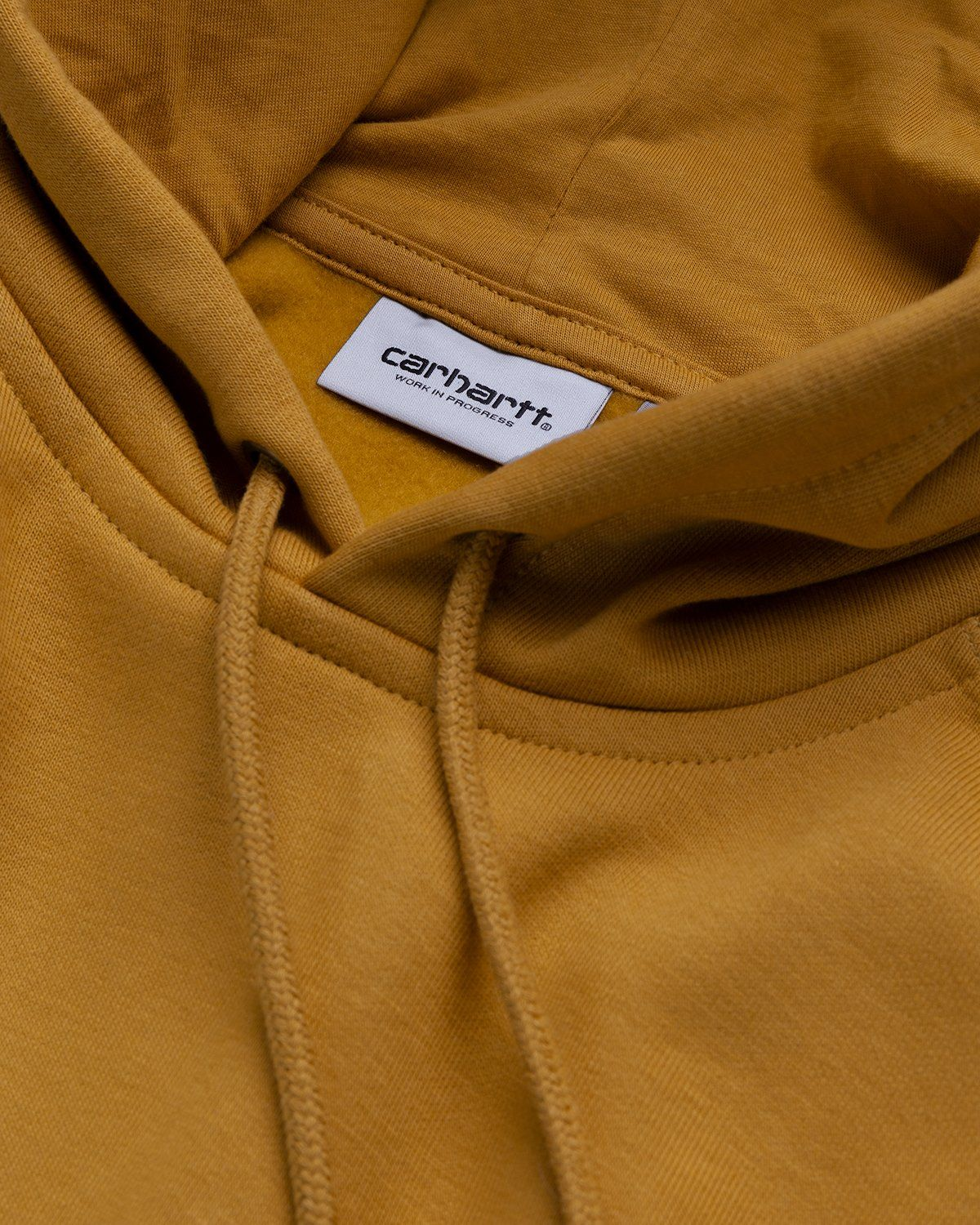 Carhartt WIP – Hooded Chase Sweat Gold - Image 4