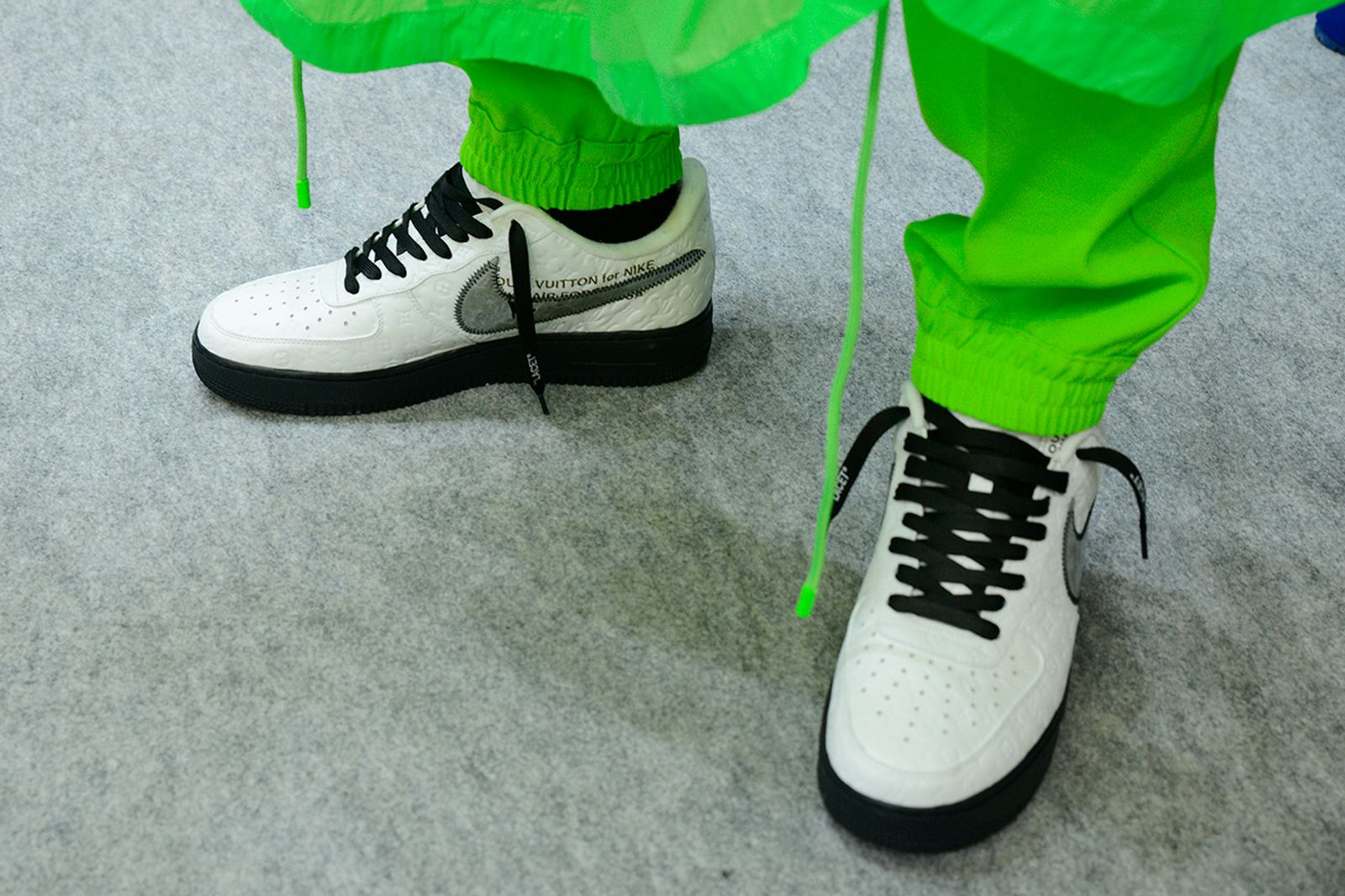 louis-vuitton-nike-virgil-abloh-sneaker-reveal-01