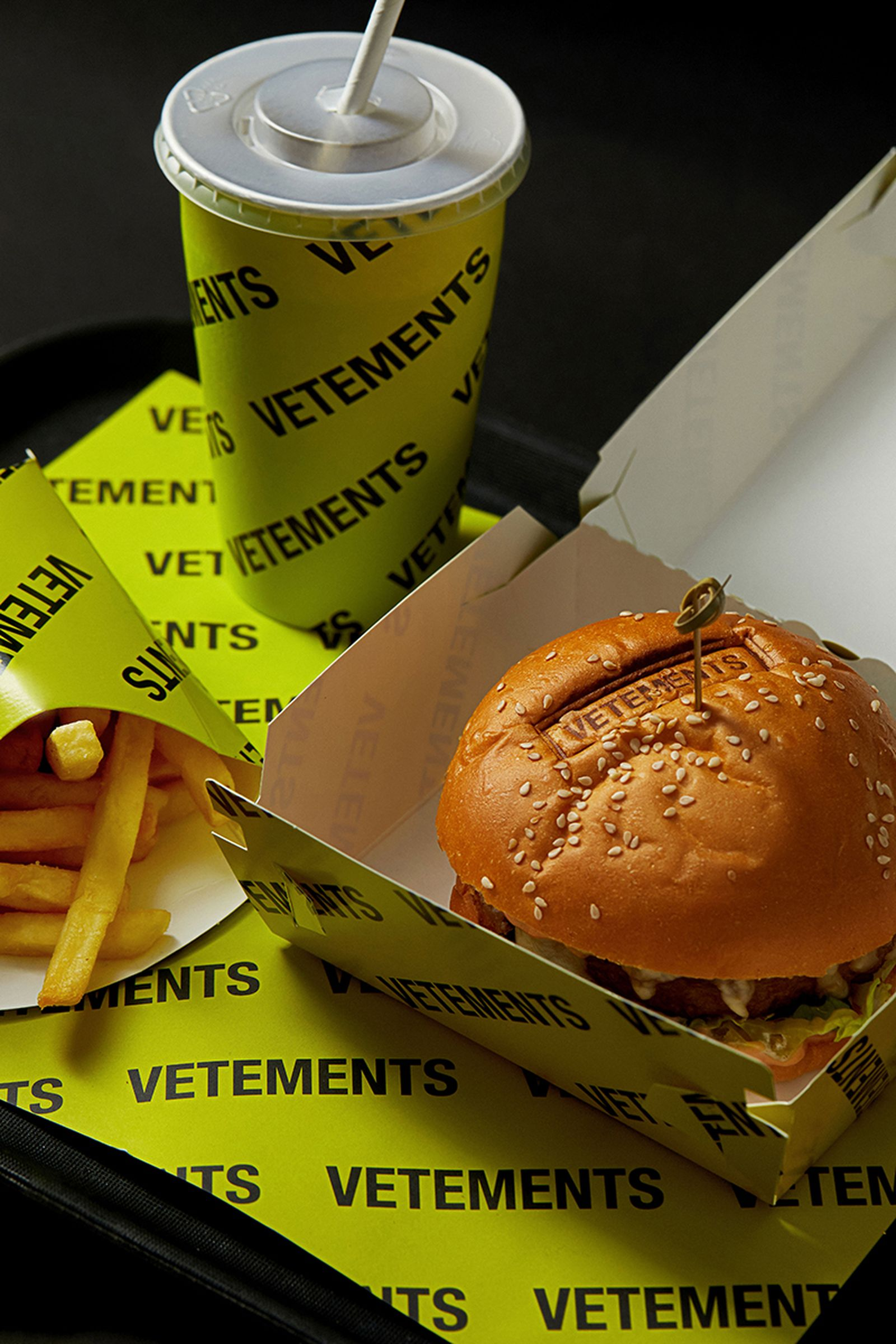 """""""VETEMENTS BURGER"""" 2.0 NEXT LEVEL EDITION combo meal"""