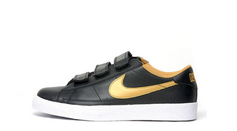 best authentic befd2 fdd37 The Nike Blazer Low comes once again with velcro closing, after it released  in a ...