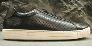 3779bf3152286 Canadian brand Wings + Horns has finally released their Spring Summer 2009  sneakers