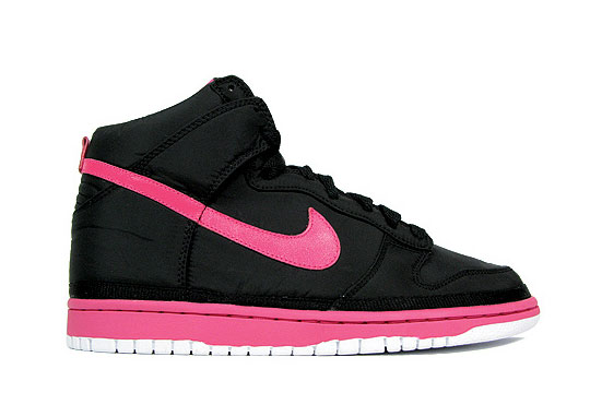pink nike dunks
