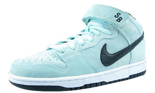 Nike Dunk Mid Pro SB Icy Green