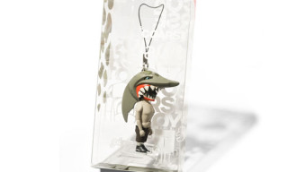 "Jaws ""Switch"" Keychain by Coarse Toys"