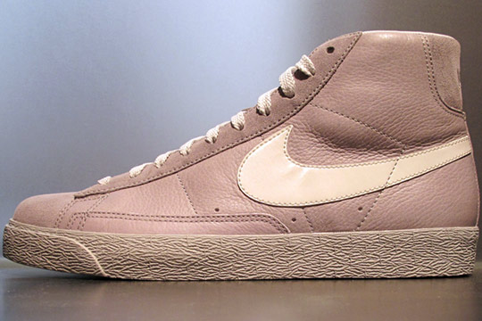 bruno salomone et sa femme - Nike Sportswear Blazer High LE iD \u0026quot;Try-On\u0026quot; | Highsnobiety
