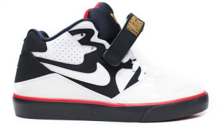 Nike Holiday 2009 Auto Force 180