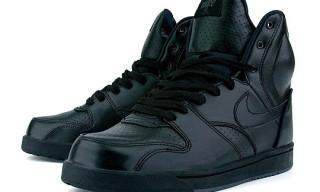 Nike Holiday 2009 Black/Black RT1