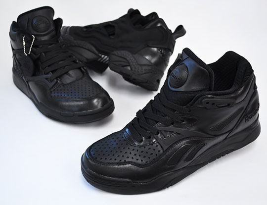 reebok pump all black