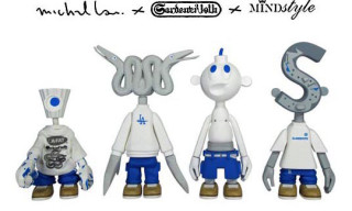 "Gardener 10th ""White & Blue"" Figure Set by Michael Lau"