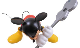 "Roen x Mickey Mouse ""Guitar"" Vinyl Figure – 1 Meter Supersized Version"