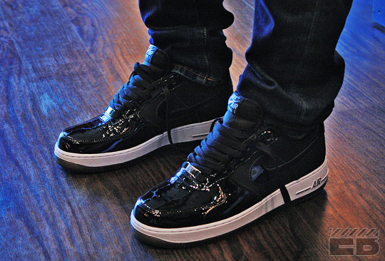 nike air force 1 black patent leather