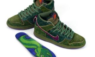 "Nike Dunk Hi SB ""Skunk"" by Todd Bratrud"