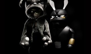Coarse Toys False Friends – Blackout Edition