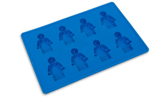 Making Lego Figure Ice Cubes