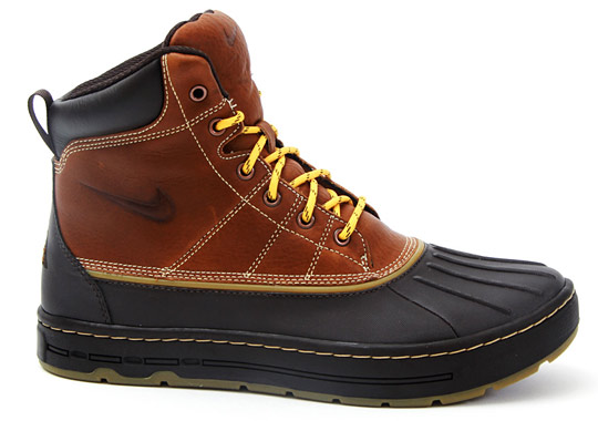 acg nike boots on sale