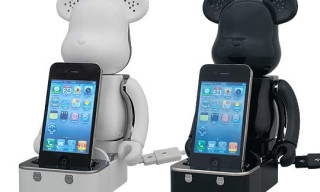Medicom Bearbrick iPod/iPhone Speaker System