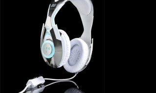 "Monster x Disney x Daft Punk ""TRON: Legacy"" Headphones"