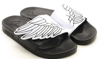 "adidas Originals by Originals Jeremy Scott ""JS Wings"" Adilette"